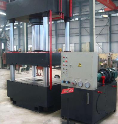 4000T大型锻压液压机