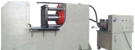 卧式液压机